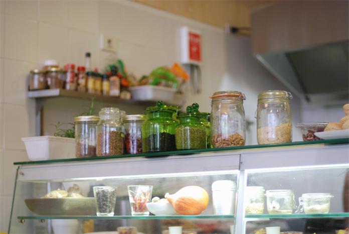 yeti-cantine-moderne-bruxelles-bio-brussels-kitchen-resto02