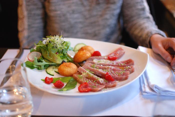 chez-max-coiffeur-pour-hommes-brussels-kitchen-restaurant-bruxelles04
