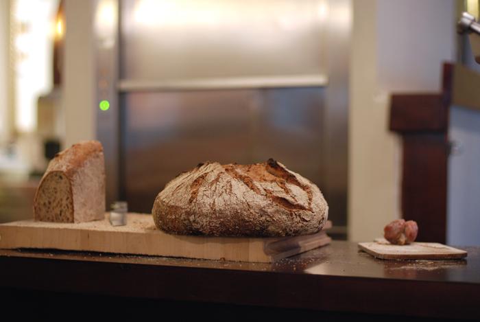 chez-max-coiffeur-pour-hommes-brussels-kitchen-restaurant-bruxelles10