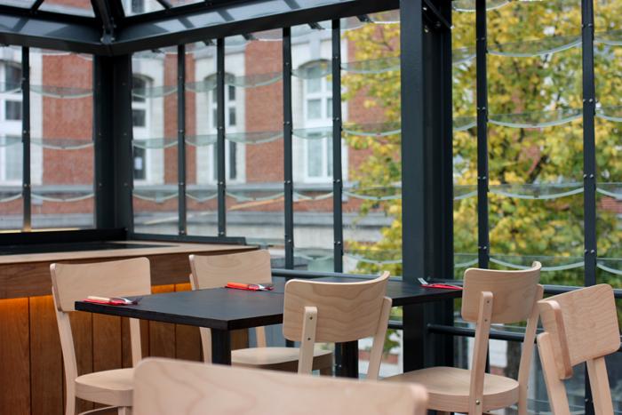 pinpon-restaurant-supersec-brusselskitchen-philippe-emmanuelli-marolles-jeudeballes-marché-aux-puces-bruxelles0001