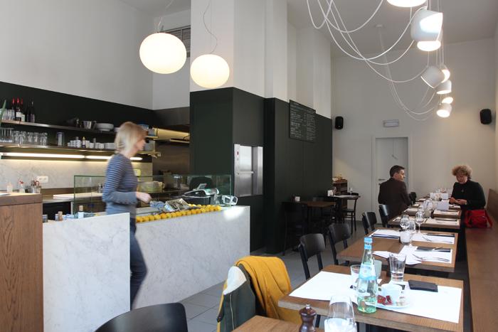 beaucoup-fish-seafood-brussels-kitchen-bruxelles-restaurant-resto-noordzee-mer-du-nord-croquette-crevette-garnaal-huitre-poisson-yelp01