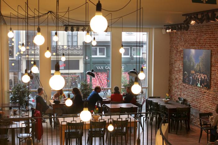 via-balbi-restaurant-italien-cantine-lunch-midi-pates-italiennes-bruxelles-nouveau-resto-trendy-brusselskitchen-rue-de-namur-liguria-trofie03