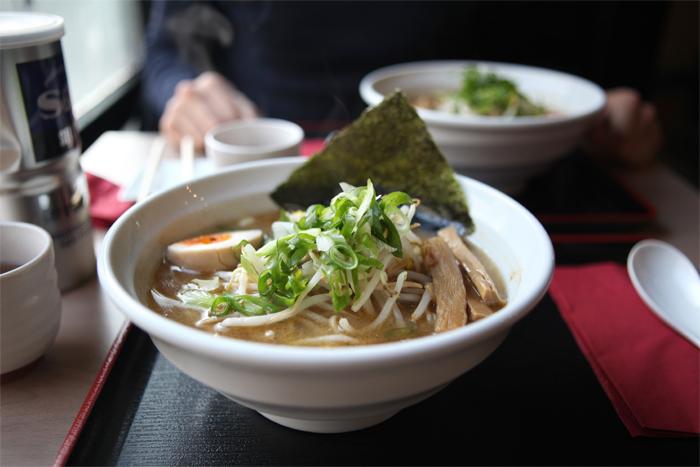menma-memna-ramen-japonais-restaurant-nouilles-noodle-bar-japanese-brussels-bruxelles-brusselskitchen-soupe-soup-best-joint-food-bon-plan-cimetiere-ixelles-food-foodie09