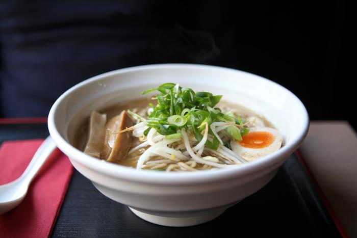 menma-memna-ramen-japonais-restaurant-nouilles-noodle-bar-japanese-brussels-bruxelles-brusselskitchen-soupe-soup-best-joint-food-bon-plan-cimetiere-ixelles-food-foodie10