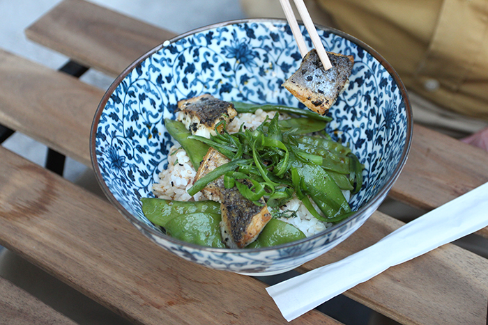 little-tokyo-restaurant-resto-japonais-japanese-brussels-bruxelles-new-food-foodie-blog-brusselskitchen-edamame-tempura-ramen-udon-teriyaki-saint-boniface-terrasse-spritz-design-trendy-hipster-place-blogger-foodblogger20150415_0004